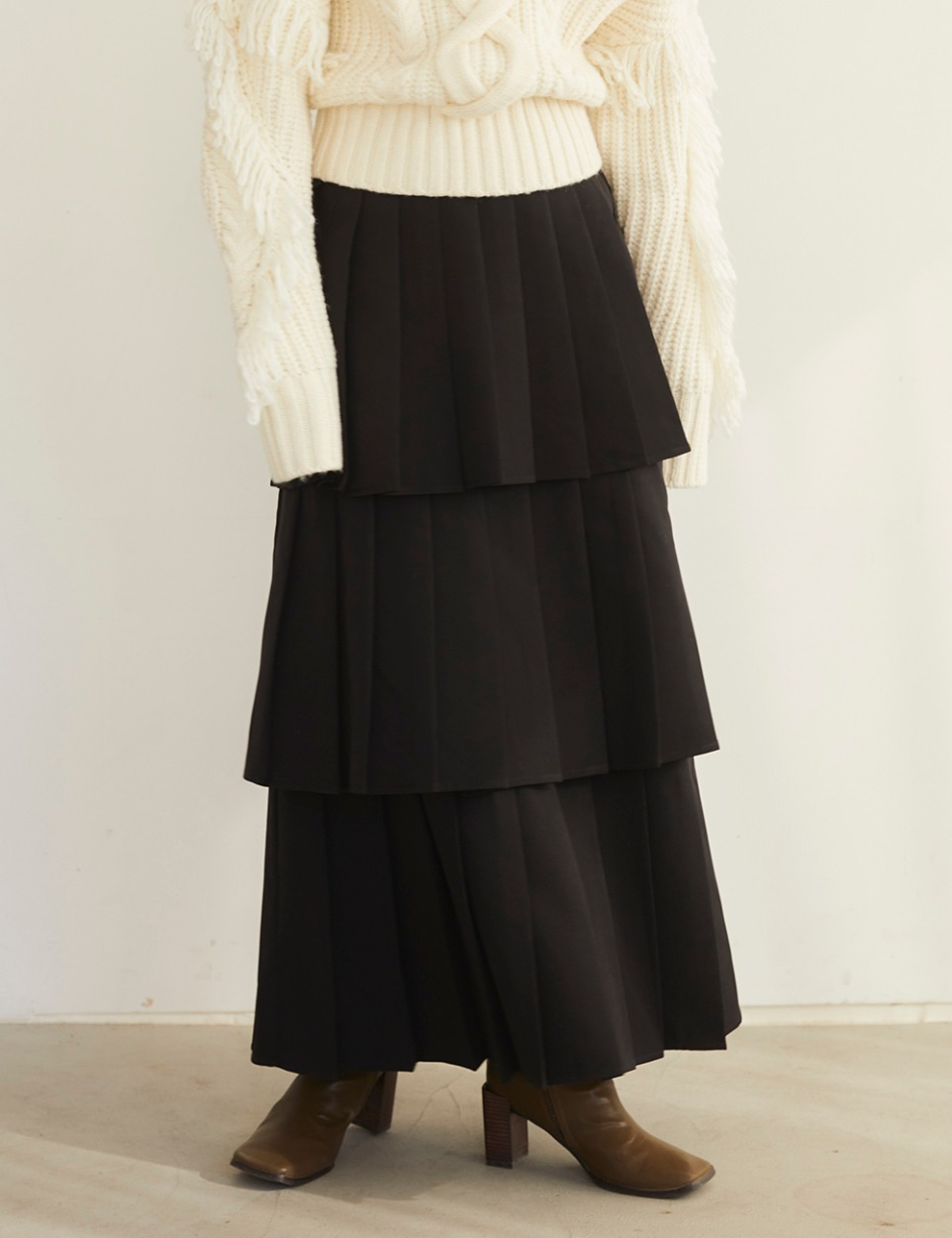 【PRE】Pleats three skirt