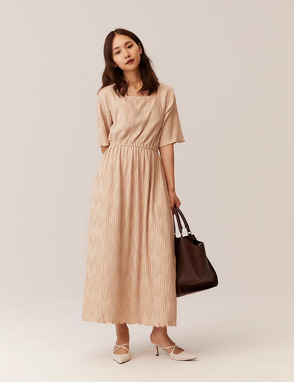 Natural square dress