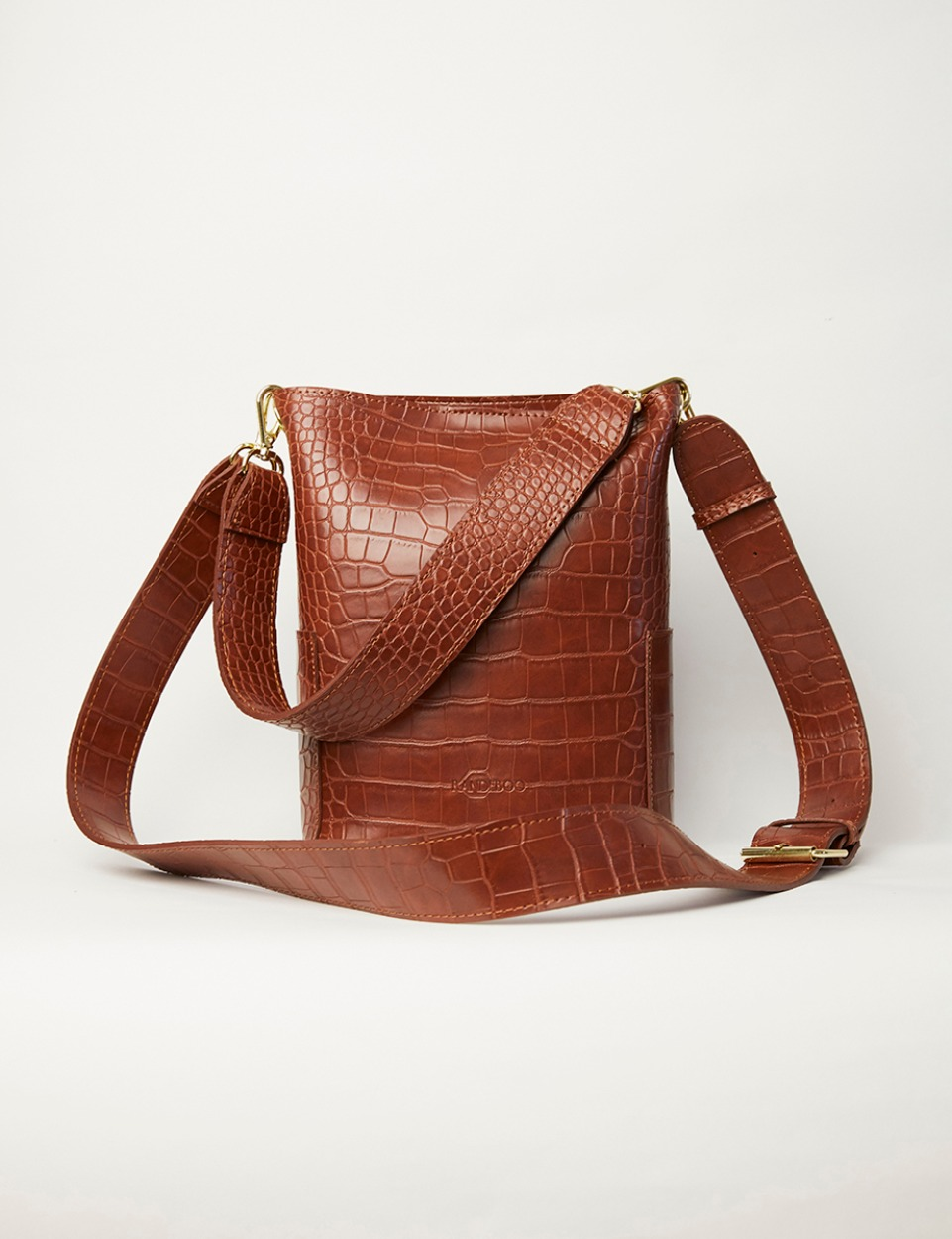 RB croco bucket bag (brown)