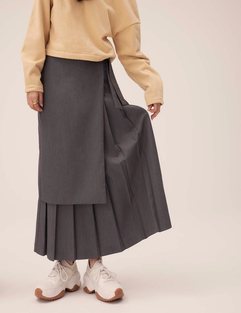 Wrap pleats long skirt