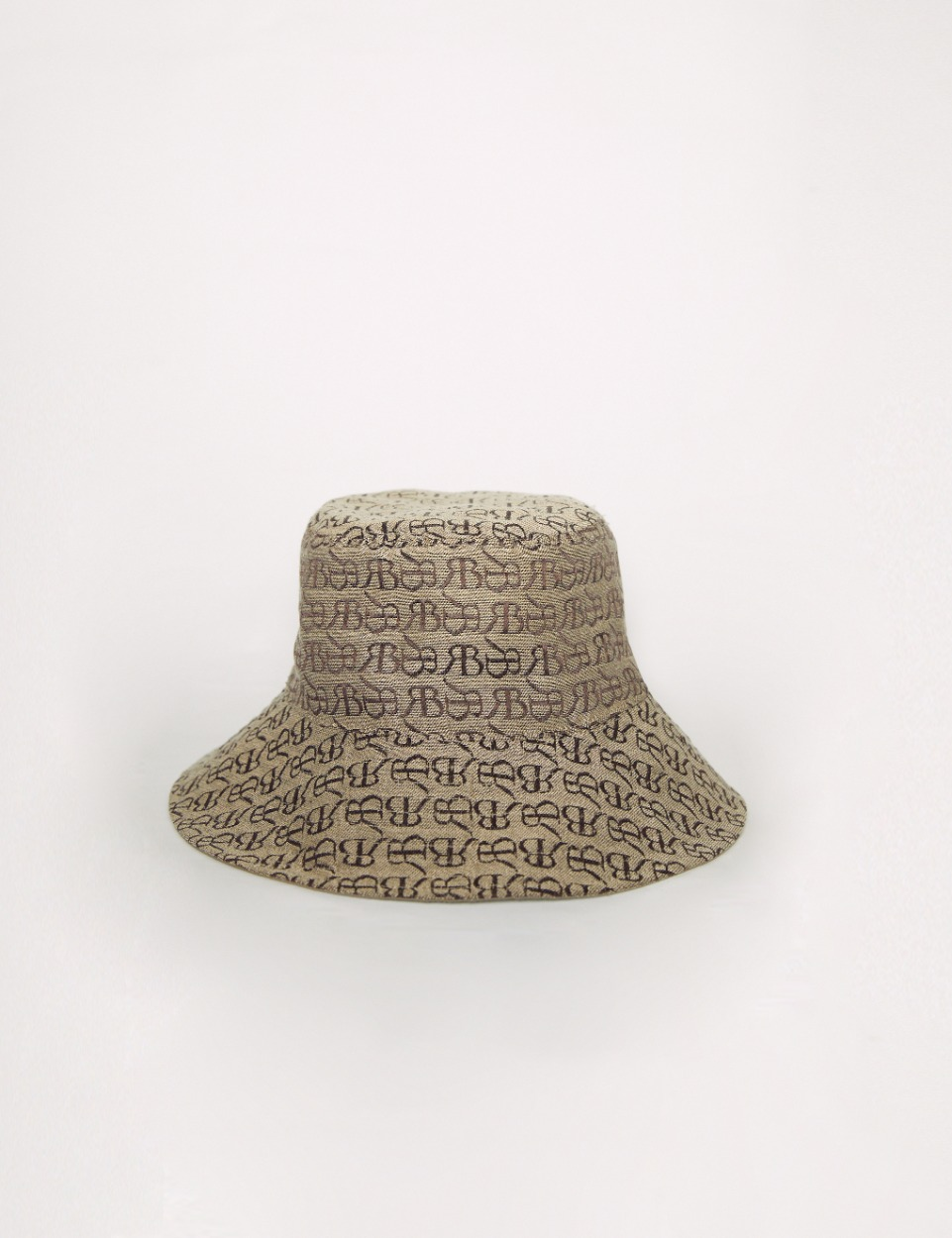 RB monogram hat (beige)