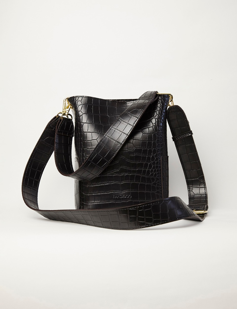 RB croco bucket bag (black)