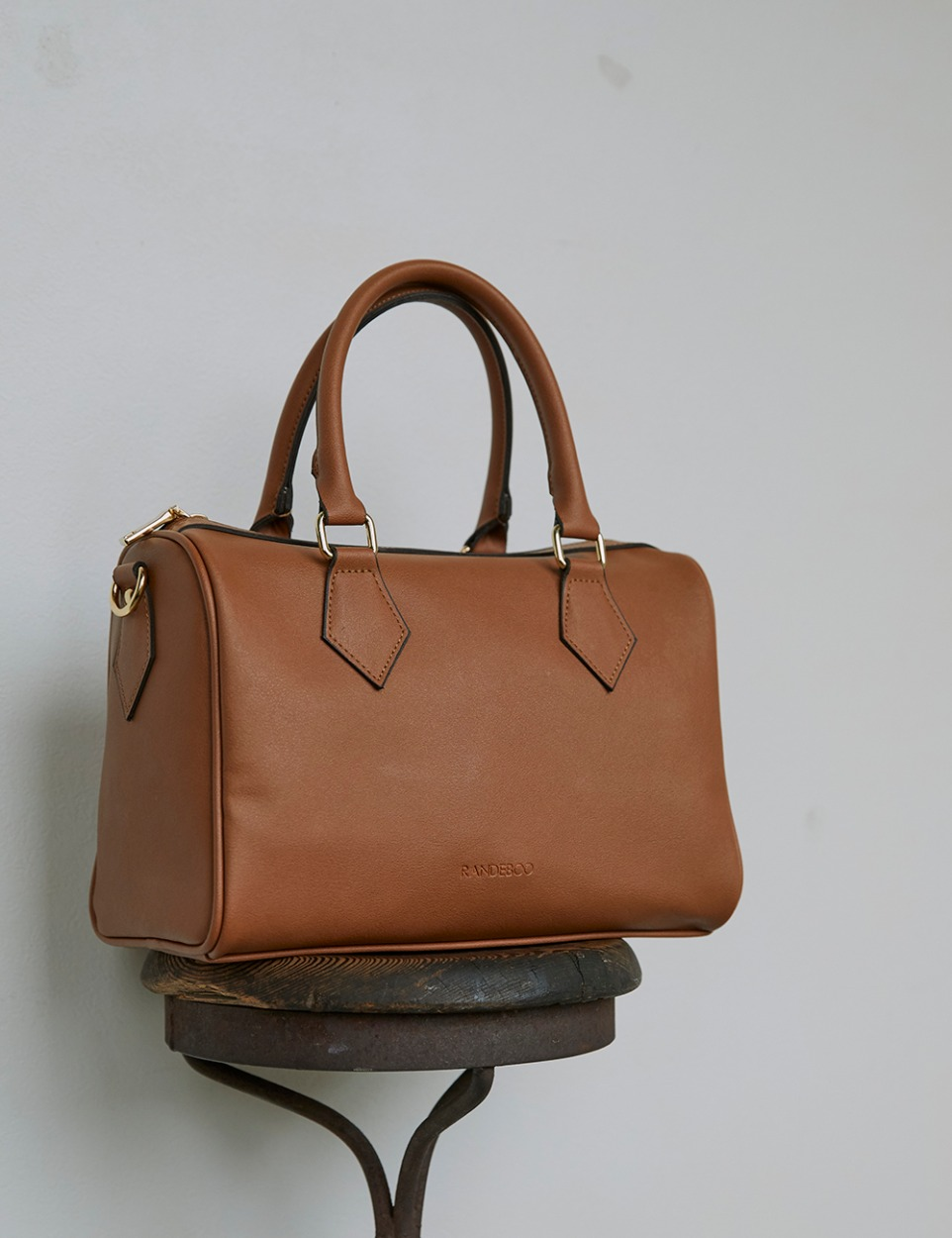 【PRE】RB boston bag (camel)