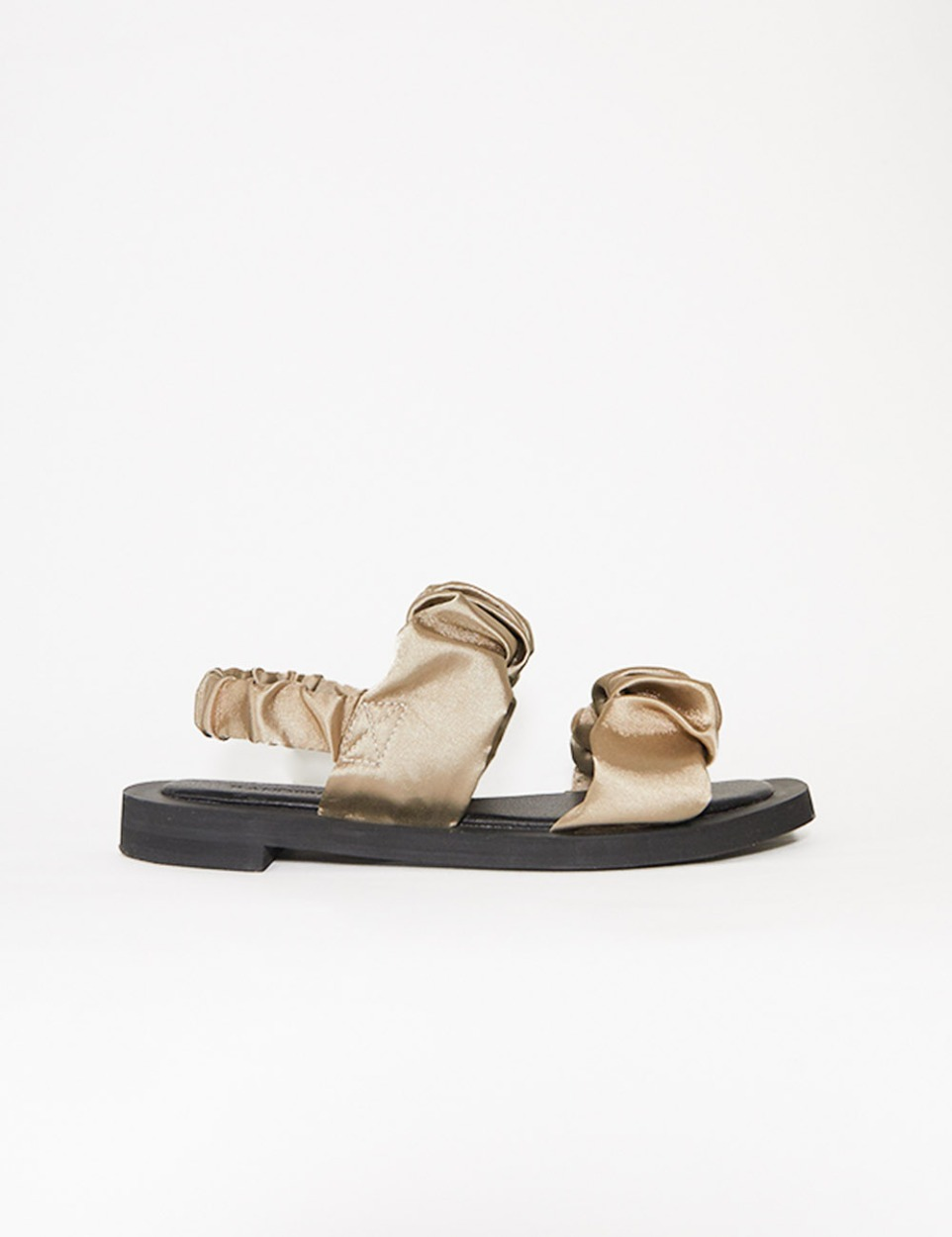 Shirring nude sandal