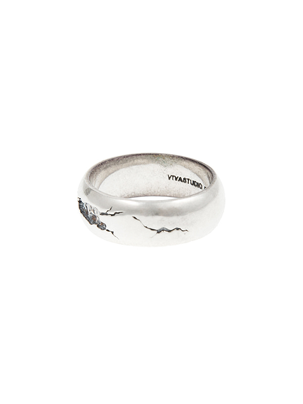 CRACKED ROUND RING JA [SILVER]